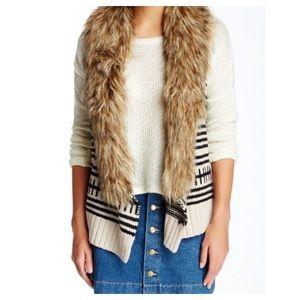BB Dakota Faux Fur Trim Knit Sweater Vest Cream